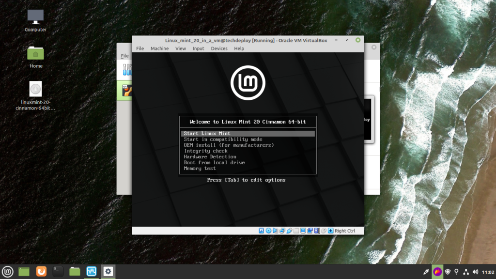 You will see linux mint boot menu , now select Start Linux MInt using keyboard arrow keys and press Enter.