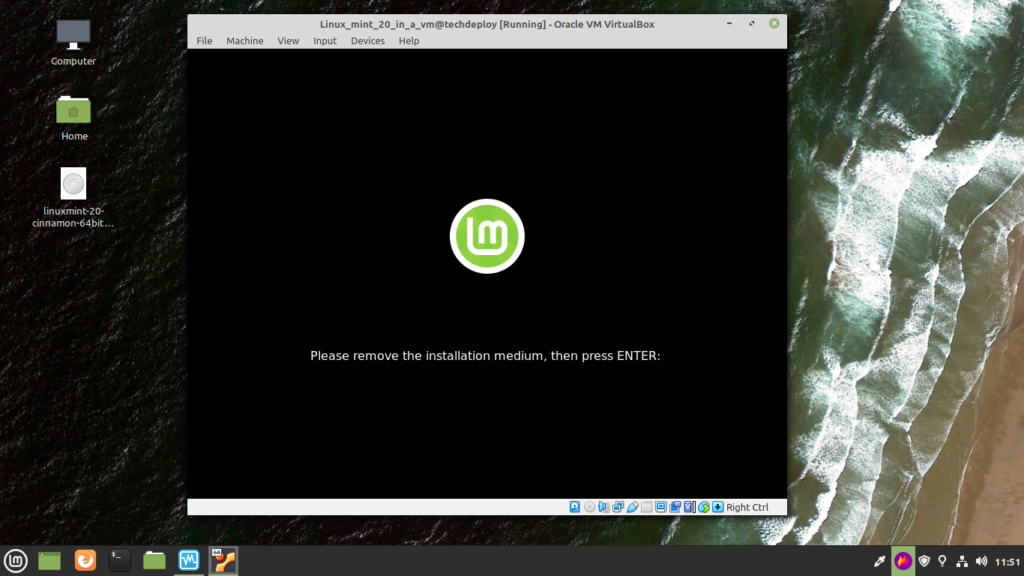 Power off linux mint by closing the virtual environment.